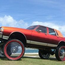 American cars with very large wheels